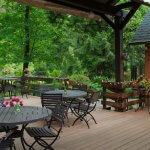 Eagle Rock Lodge Outdoor Patio