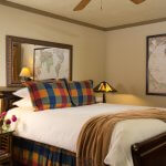 Eagle Rock Lodge Interior Room