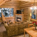 Hawthorne Cabin Living Room and Fireplace