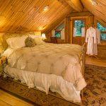 Hawthorne Cabin Bedroom