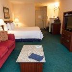 Ashley Inn King Guest Room