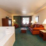 Ashley Inn Spa Suite Guest Room