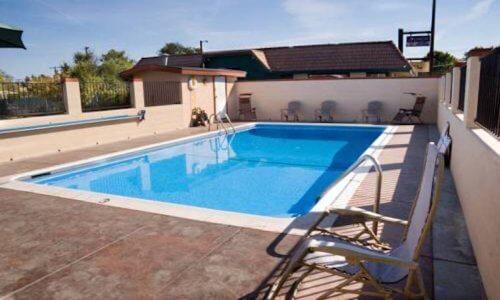 Rodeway Inn - Hermiston - Pool