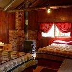 Lochsa Lodge Guest Room