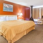 Rodeway Inn & Suites - Long Beach, WA