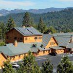 Callahan's Mountain Lodge Exterior
