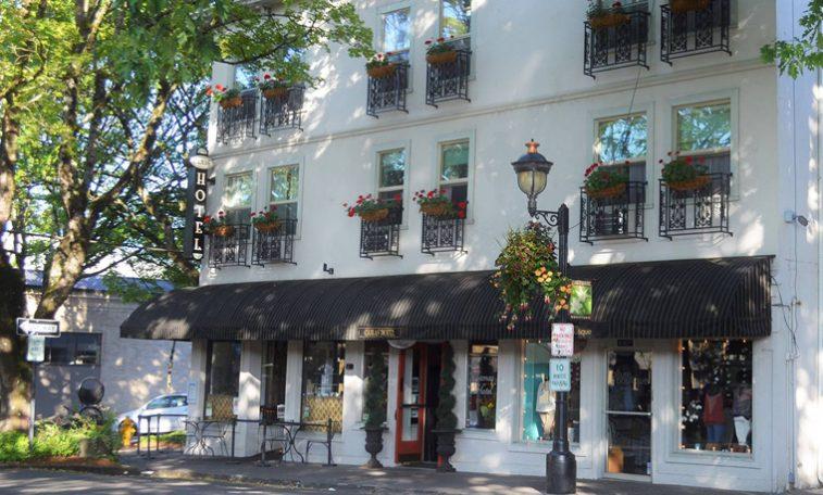 Camas Hotel, Camas Washington